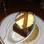 Brownie a la Mode (Caramel, Ice Cream, & Brownie) Wow!!!