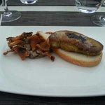entrée foie gras poêlé l'auberge du pont vieux