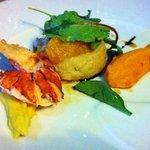 homard, soufflé au foie gras, purée de pois-chiche et patate douce