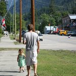 town of silverton walking from resort