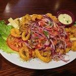 Jalea mixta (fried seafood platter)
