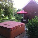 Hot tub and Das Kleine Haus