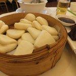 Steamed dumplings to be eaten with Peking Roast Duck