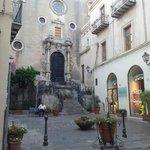 Piazza nei pressi di Palazzo Maria