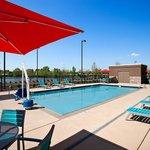 Home2 Huntsville Pool