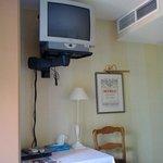 tv en airco in slaapkamer nummer 8