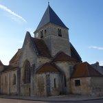 L'église romane de Druyes