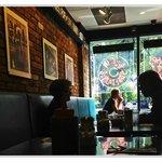 Morning at Elgin Street Diner