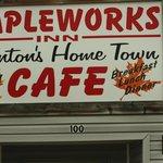 Mapleworks Inn