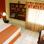 Photo de Aparthotel Guijarros