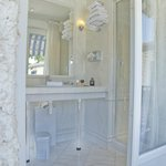 Salle de bain avec douche Hôtel