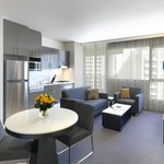 Modern Suite with 1 Bedroom Kitchen & Lounge