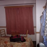 Room had table and 4 hangers