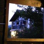 Casa vista desde el cobertizo
