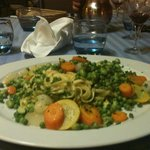 plat de pates maison avec les petits légumes