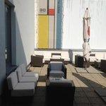 la petite terrasse a l'etage