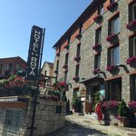 Hotel Roya - Restaurante & Terraza