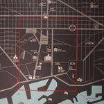 Mapa na recepção do hotel - no centro da cidade