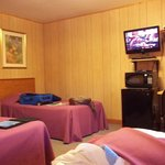 Thrid bed , microwave, fridge, flat screen/ dish tv
