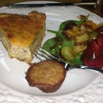 Yummy spinach and bacon quiche with fruit and balsamic reduction