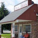 Auburn's Town Tavern