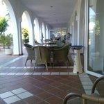 terraza exterior del hotel