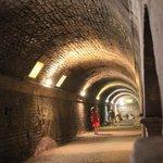 une immense galerie souterraine