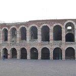 La Arena di Verona desde la piazza Bra