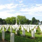 Le cimetière canadien
