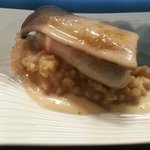 risotto et bar cuis vapeur et tranche de champignon japonais