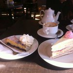 Coffee and cake at Beaufort House