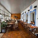 сказочный ресторан с видом на море