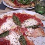 Pizza Margherita (ou: Lolo)