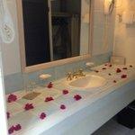 bagno con fiori