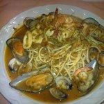 esteces un espaghetti marinero que pues disfrutar en cocina bella