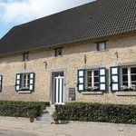 Lisa's Weelde is a charmful square shaped farm dating from the 18th century (1715). During your