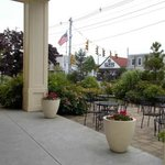 Chauncey's - Patio out front