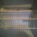 Réfrigérateur sale...Hôtel 4 étoiles?!