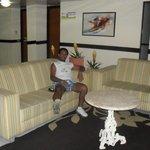 sala de convivencia do hotel