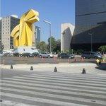 México, DF. Monumento El Caballito. Paseo de La Reforma con Benito Juárez.