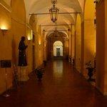Entrance corridor leading to the reception desk