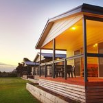 Discovery Holiday Parks - Whyalla: self contained cbins