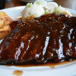 Ribs with sauce