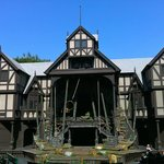 Elizabethan Stage during the day during Backstage Tour