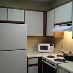 1 Bedroom Apt- Kitchen