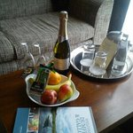 prosecco, fruit and chocs