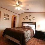 5 Bedrooms suites with private full size bathroom