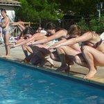 rond het zwembad, binnen of buitenbad of het meer