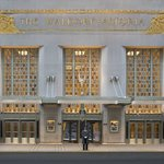 Park Avenue Entrance to The Waldorf Astoria