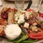 greek salad and chicken pita